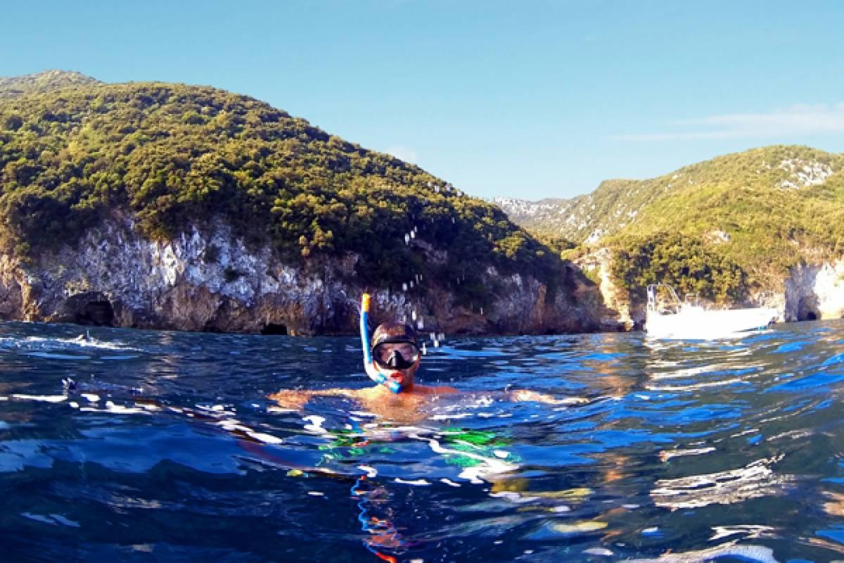 "Les Hirondelles Ltd Pelion boat trip ""Poseidons Caves"""