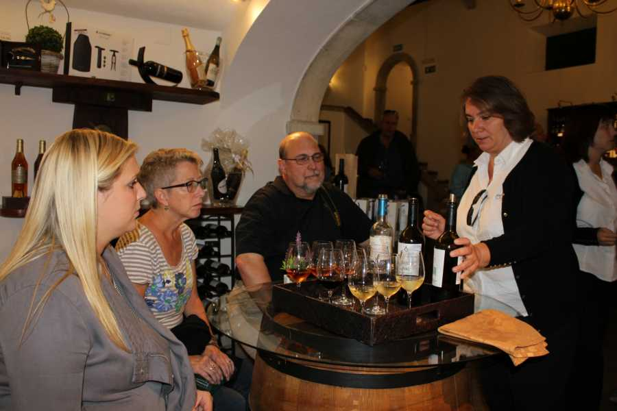 Lisbon on Wheels Azeitão and Alentejo Wine and Food Sampling Tour