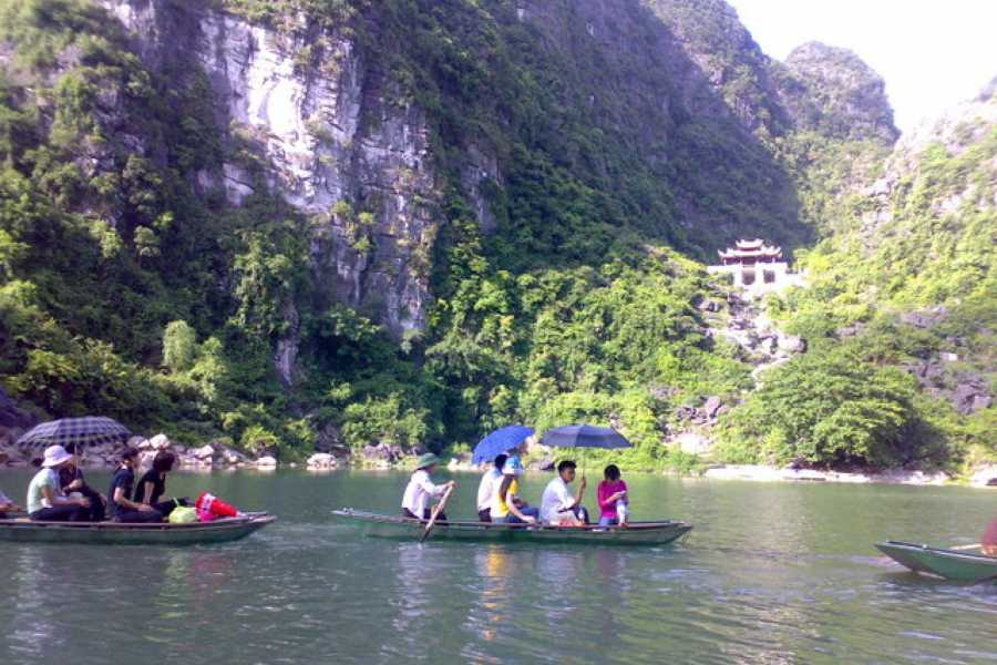 Vietnam 24h Tour Trang An - Bai Dinh Fullday ( Including Kong Village - Skull Island))