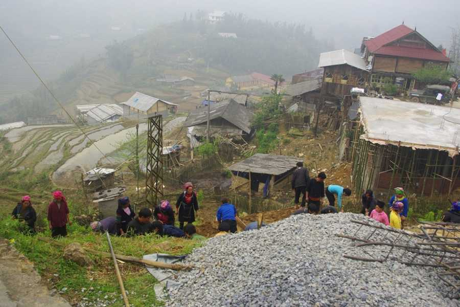Vietnam 24h Tour Sapa Trekking 2 days - Hotel by Bus