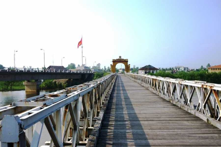 Vietnam 24h Tour Hue - DMZ Full Day Tour