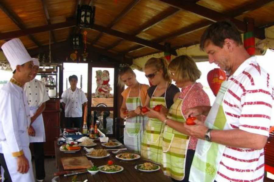 Vietnam 24h Tour Hoi An Eco and Cooking Class
