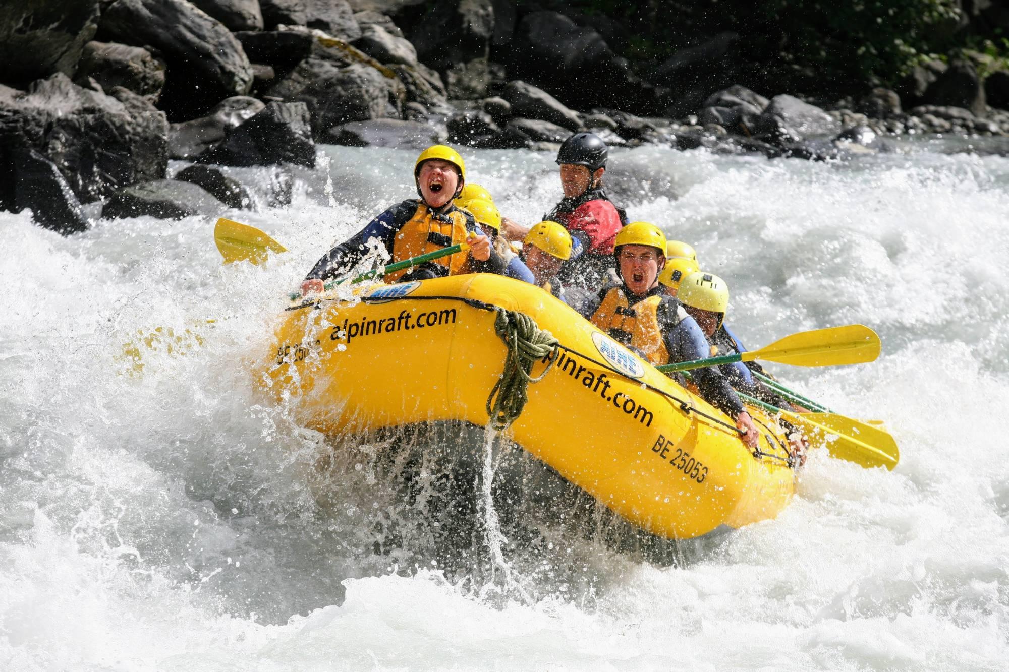 river rafting l tschine interlaken activities