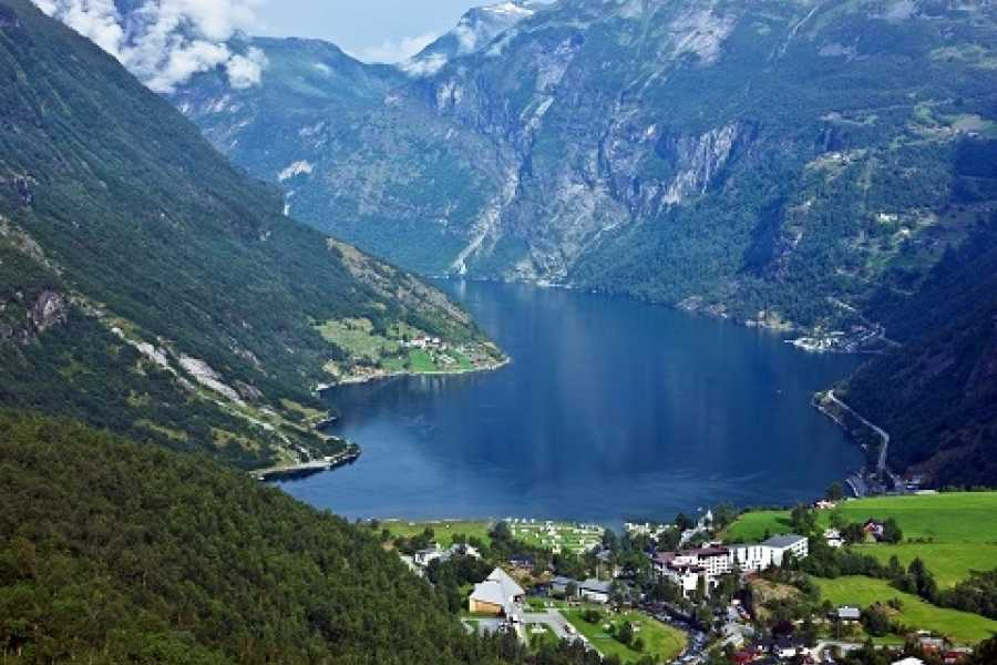 Norway Excursions Geiranger Westeras Hike