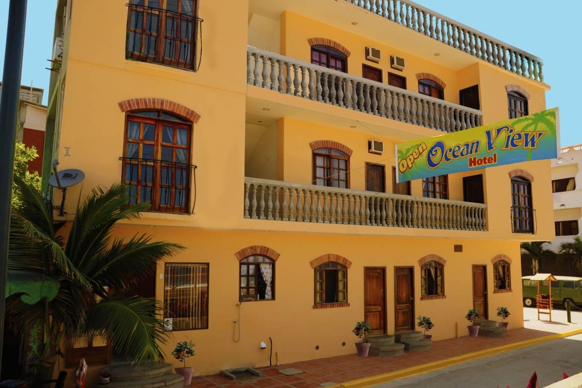 Go Montanita Hotel in Montañita