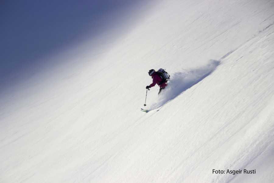 Contrast Adventure Norway Ski Fokus - Toppturhelg i Sunndalsfjella