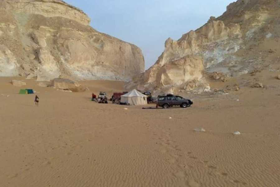 Deluxe Travel 1 notte White Desert Safari Camping