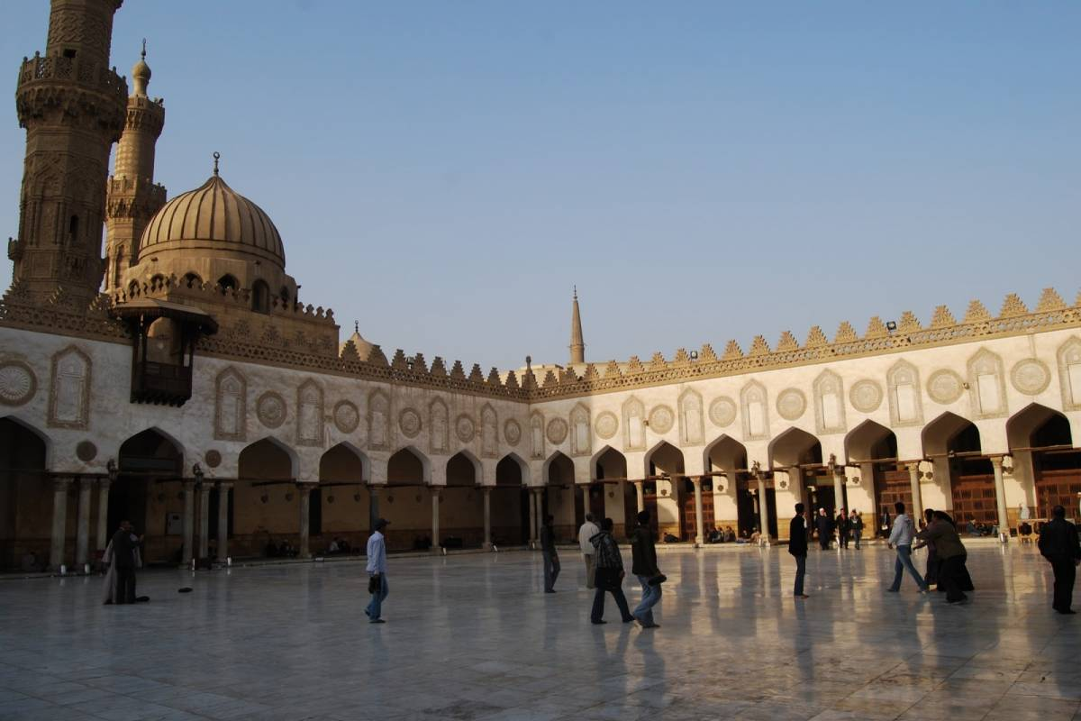 Deluxe Travel Islamic Cairo Day Tour