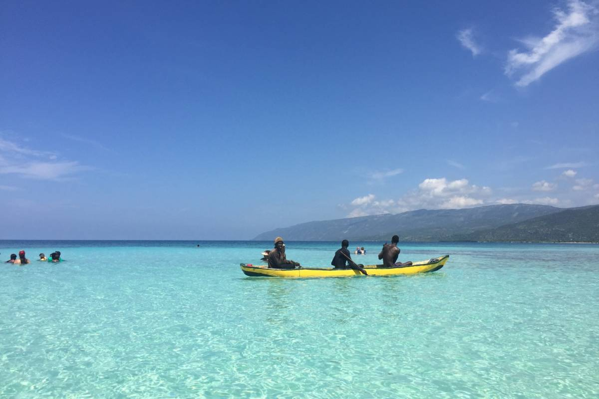 Marina Blue Haiti Excursion en barco a Anse à Raisins, isla de La Gonâve