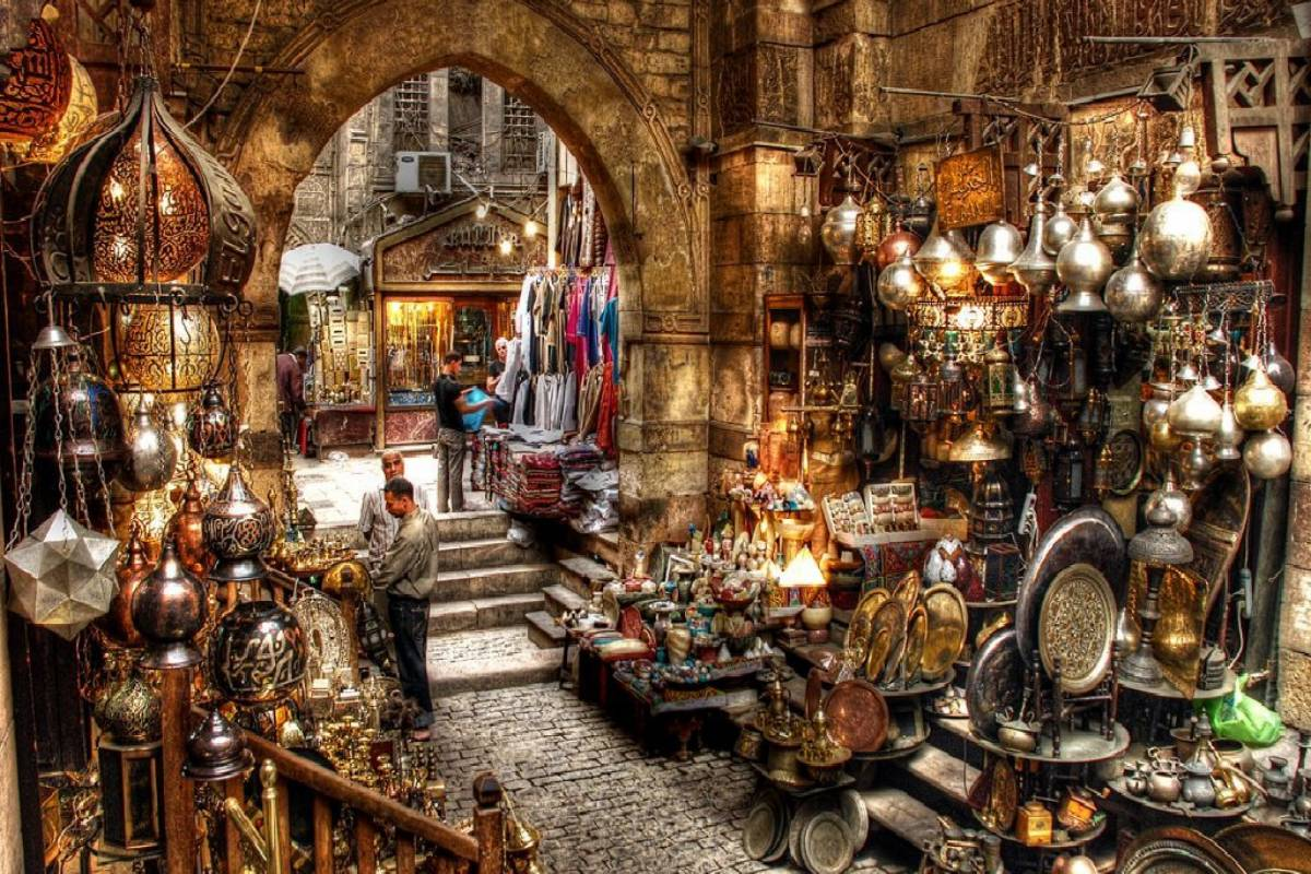 Deluxe Travel Cairo Day Tour Egyptian Musuem Citadel and Khan El Khalili