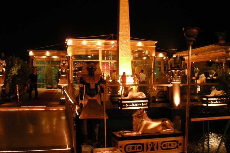Deluxe Travel Cairo Nile Dinner Cruise