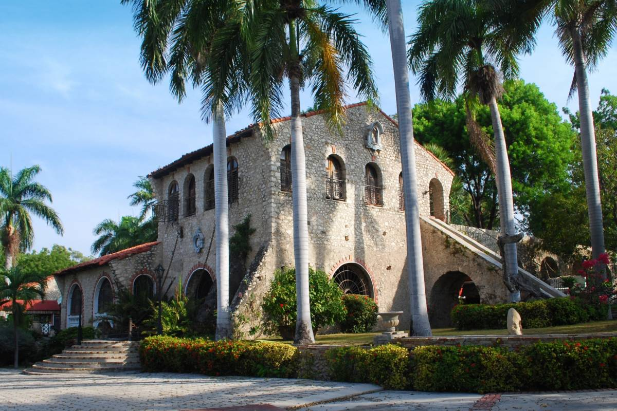 Marina Blue Haiti Visit of the Ogier-Fombrun Museum