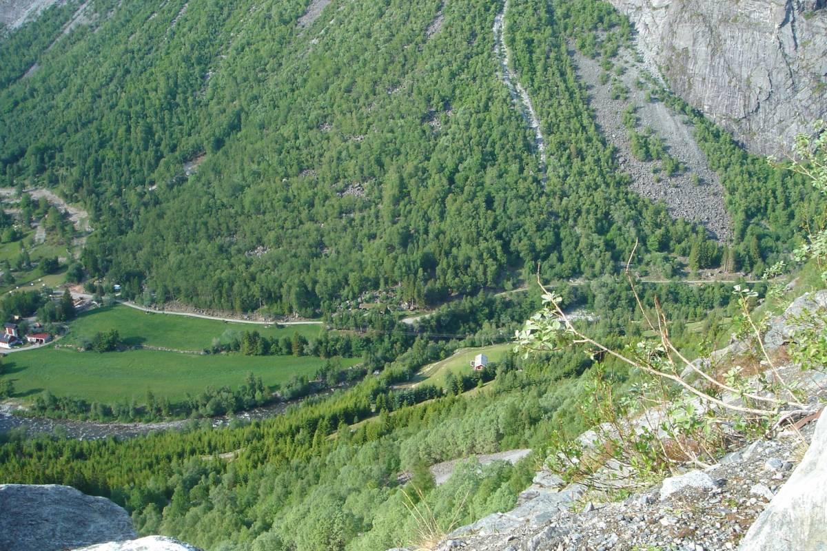 Contrast Adventure Norway Sykkeltur over Aursjøveien