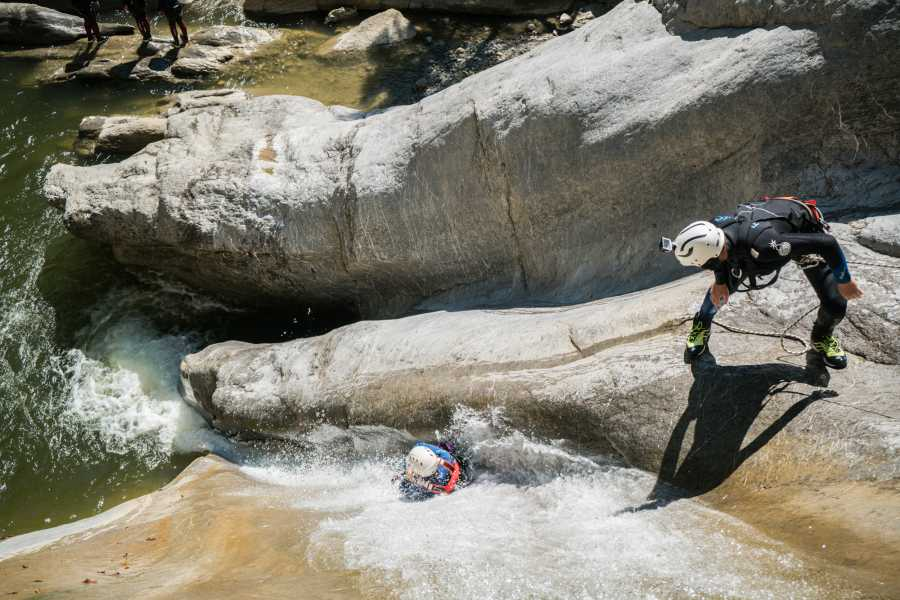 Outdoor Interlaken AG 峡谷溪降Chli Schliere(Canyoning Chli Schliere)