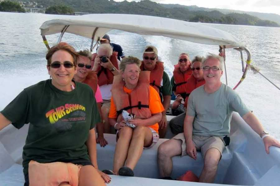 Tour Samana With Terry PUNTA CANA EXCURSION: Whales+Cayo Levantado Island: With Famous Kim Beddall of Whale Samana