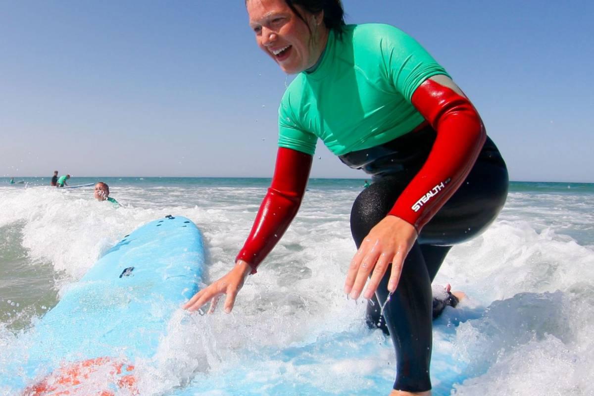 Oceano Surf Camps Curso de Surf y Curso de Cocina con Alojamiento