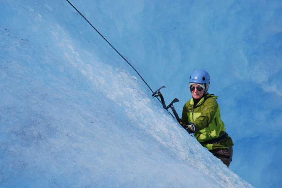 Jostedalen Breførarlag Special Blue Ice hike