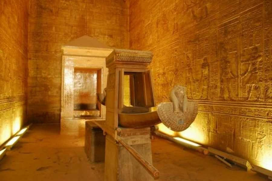 Deluxe Travel Day Tour to Kom Ombo and Edfu from Aswan
