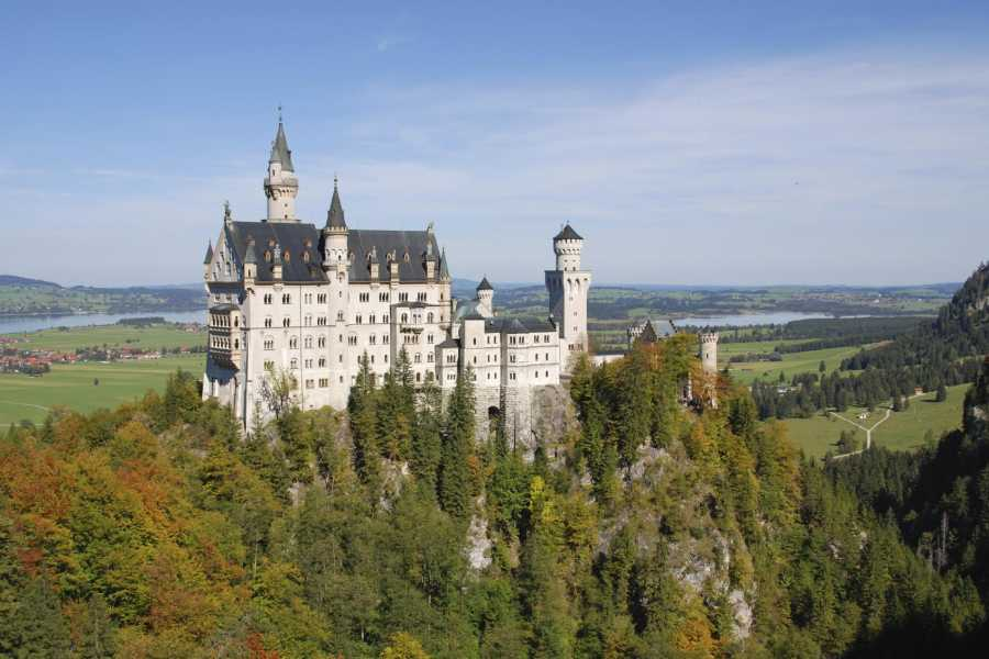 Bus2Alps AG Neuschwanstein Castle Day Trip