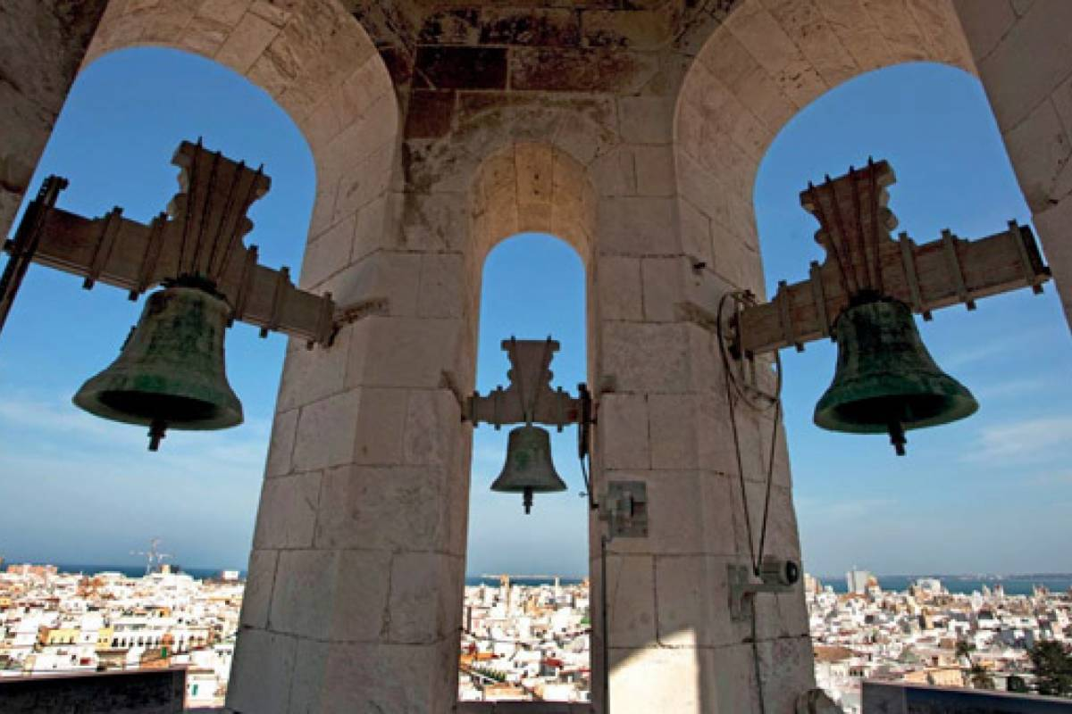 Sights and Bikes Day Tours The secrets of Cadiz