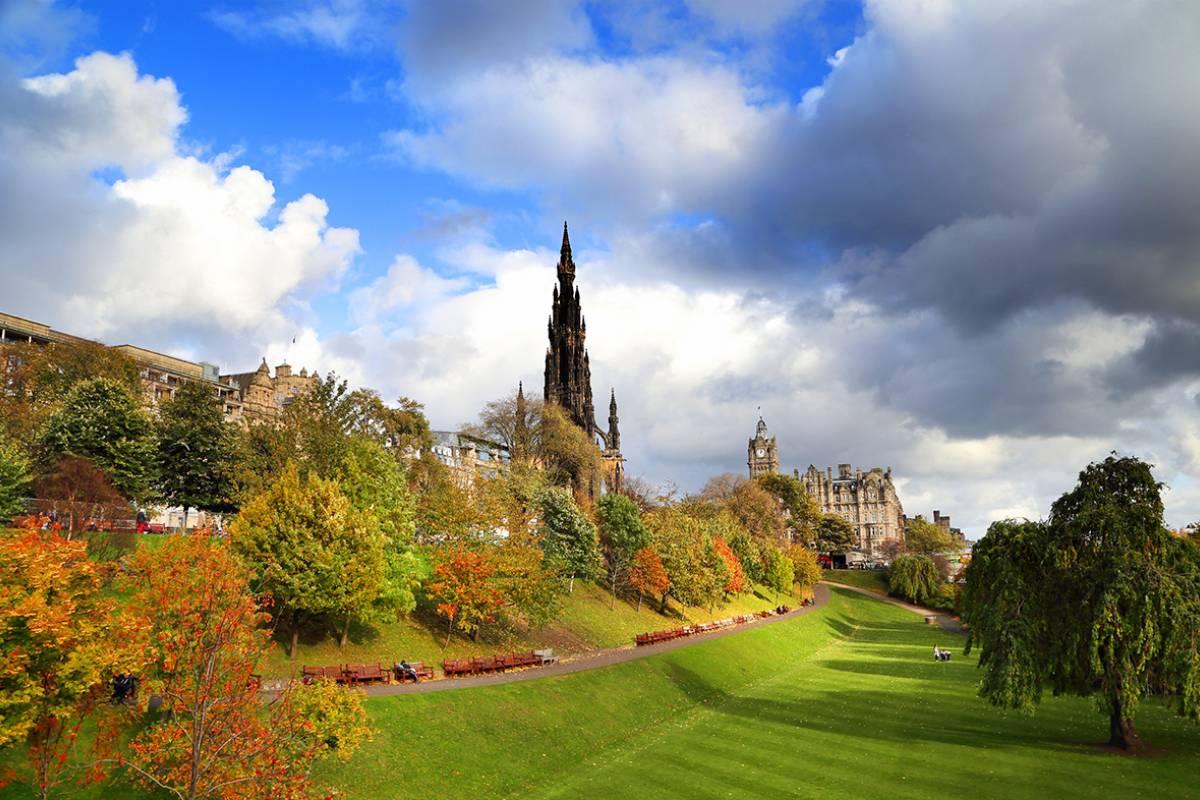SANDEMANs NEW Edinburgh Tours Tour de la Ciudad Nueva de Edimburgo