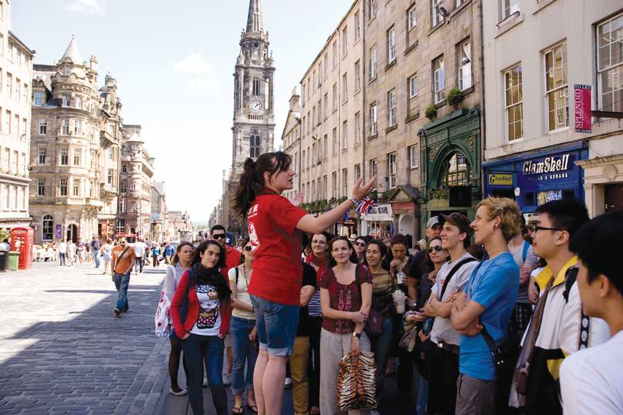 SANDEMANs NEW Edinburgh Tours Edinburgh's New Town Tour