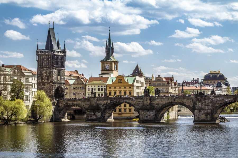 24/7/365 Travel Cesky Krumlov Prague Taxi