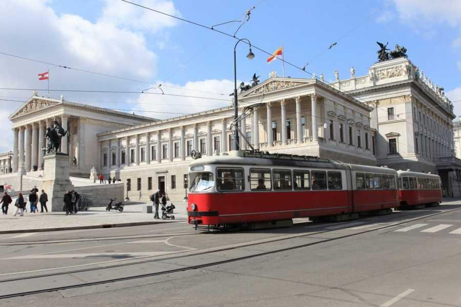 24/7/365 Travel Cesky Krumlov Vienna Shared Shuttle
