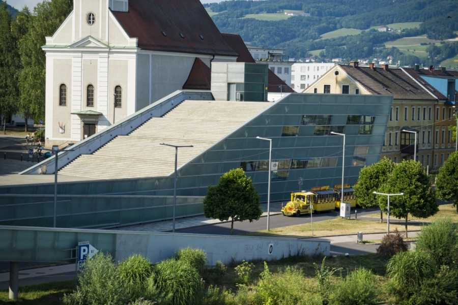 24/7/365 Travel Cesky Krumlov Linz Shared Shuttle
