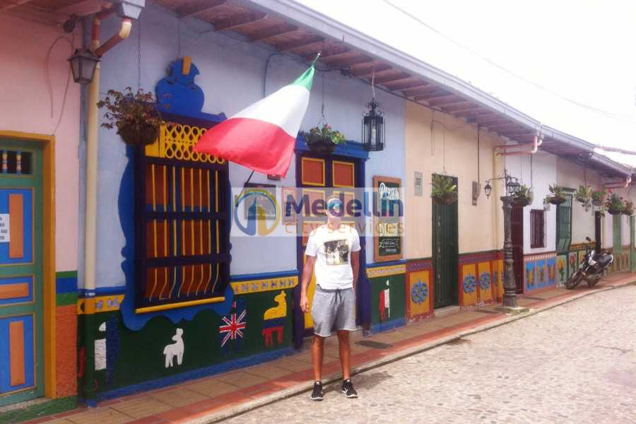 Medellin City Tours SUPER SAVER: Medellin City Tour + Peñol/Guatape + Food Tour