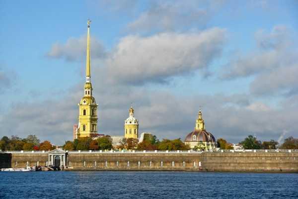 "6. St. Petersburg 1-Day Shared Coach Tour ""Smart"""