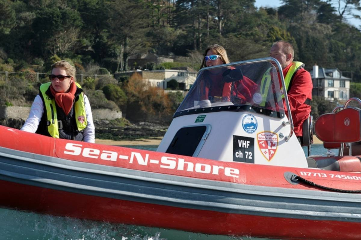 Sea N Shore Ltd RYA Advanced powerboat course