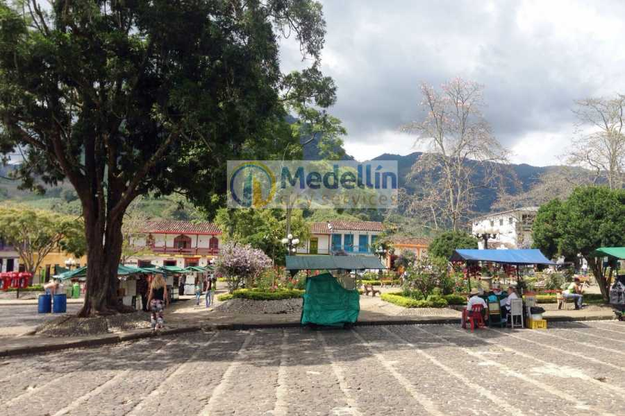 Medellin City Tours SUPER SAVER: Medellin City Tour + Jardin Coffee Tour + Food Tour
