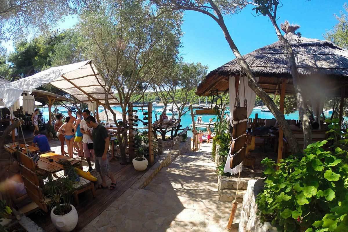 Sugaman Tours Private tour to Hvar and Pakleni Islands
