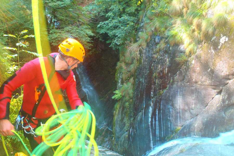 Die Canyonauten Canyoning Tessin