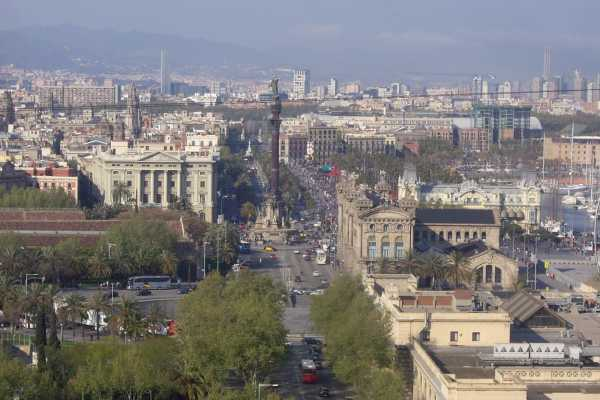 5. Barcelona Half-Day Private Transport 'Highlights Barcelona De Luxe' Tour
