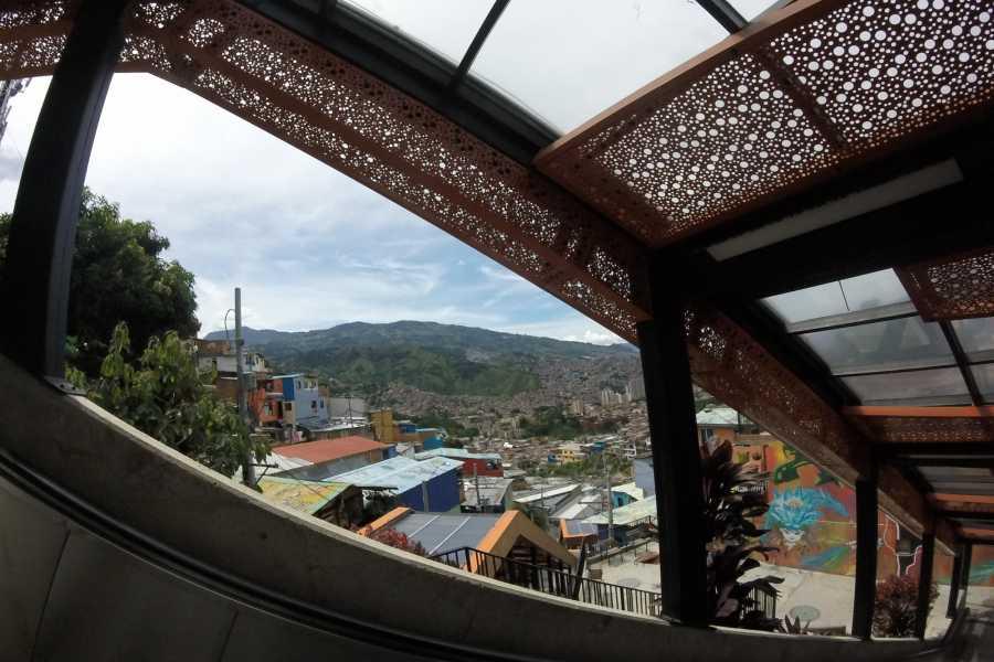 Medellin City Services BoGo Tour:  BOOK METRO TOUR AND GET FREE CHRISTMAS TOUR