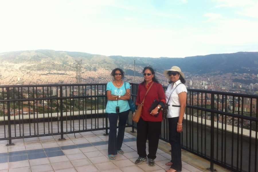 Medellin City Services BoGo Tour:	BOOK PRIME PARKS TOUR AND GET FREE CHRISTMAS TOUR