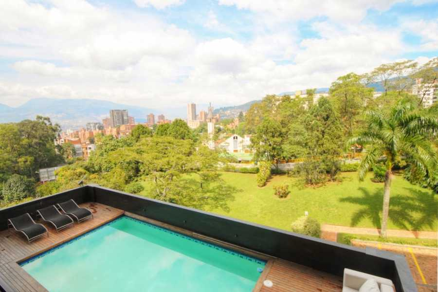 Medellin City Services BoGo Tour:  BOOK REAL ESTATE TOUR AND GET FREE CHRISTMAS TOUR
