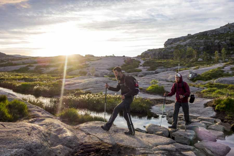 Outdoorlife Norway AS Preikestolen Sunrise Hike