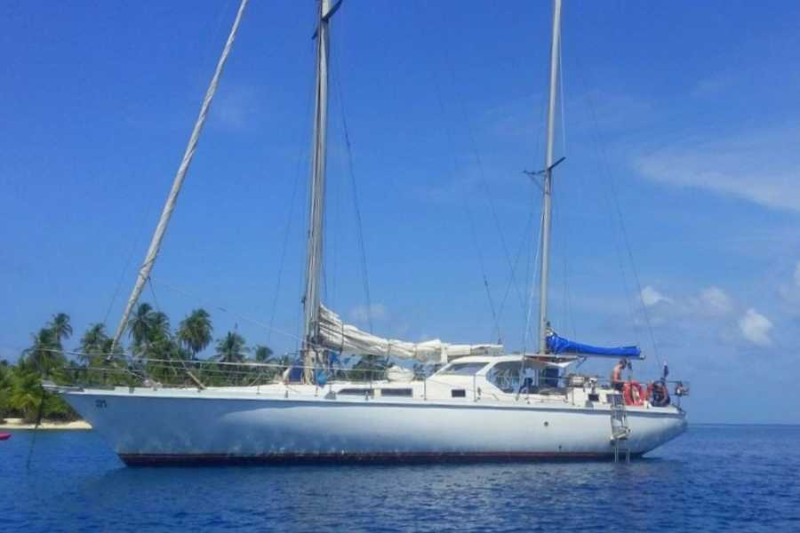 Cacique Cruiser CHARTER SAILBOAT - Spray