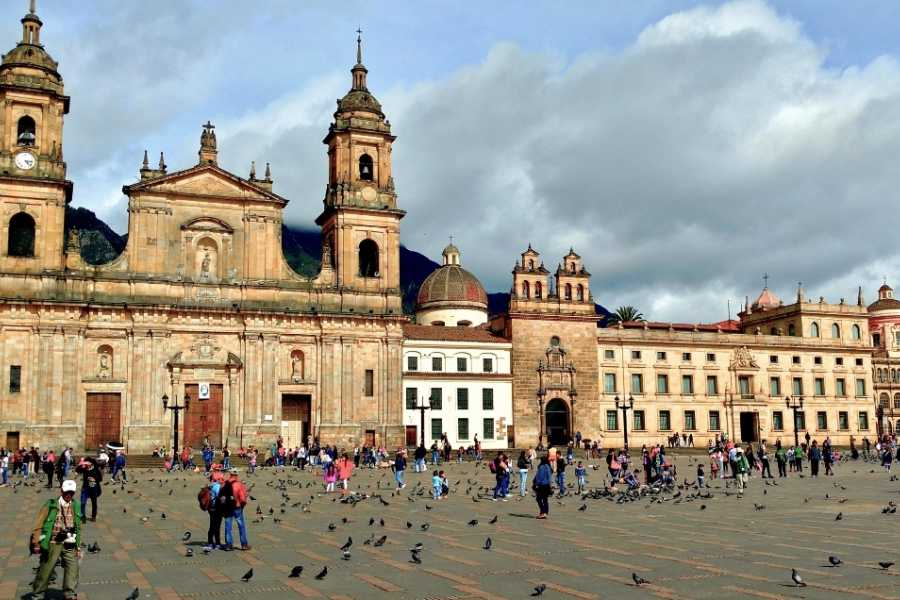 Bogota Henry Tours BOGOTA  FULL DAY  PRIVATE CITY TOUR
