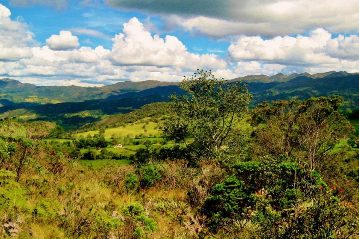 Bogota Henry Tours 20. GUATAVITA SACRED LAKE 8 HOURS PRIVATE TOUR