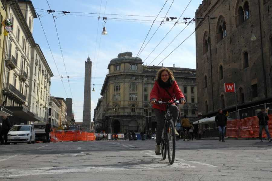Bologna Bike Tour Bologna by bike [Public departure]