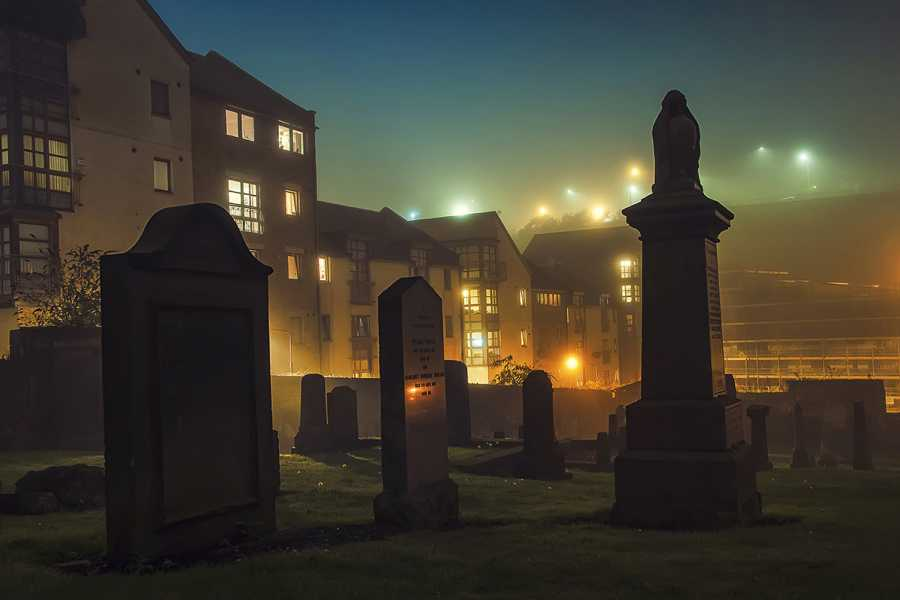 SANDEMANs NEW Edinburgh Tours Edinbugh's Dark Side Tour