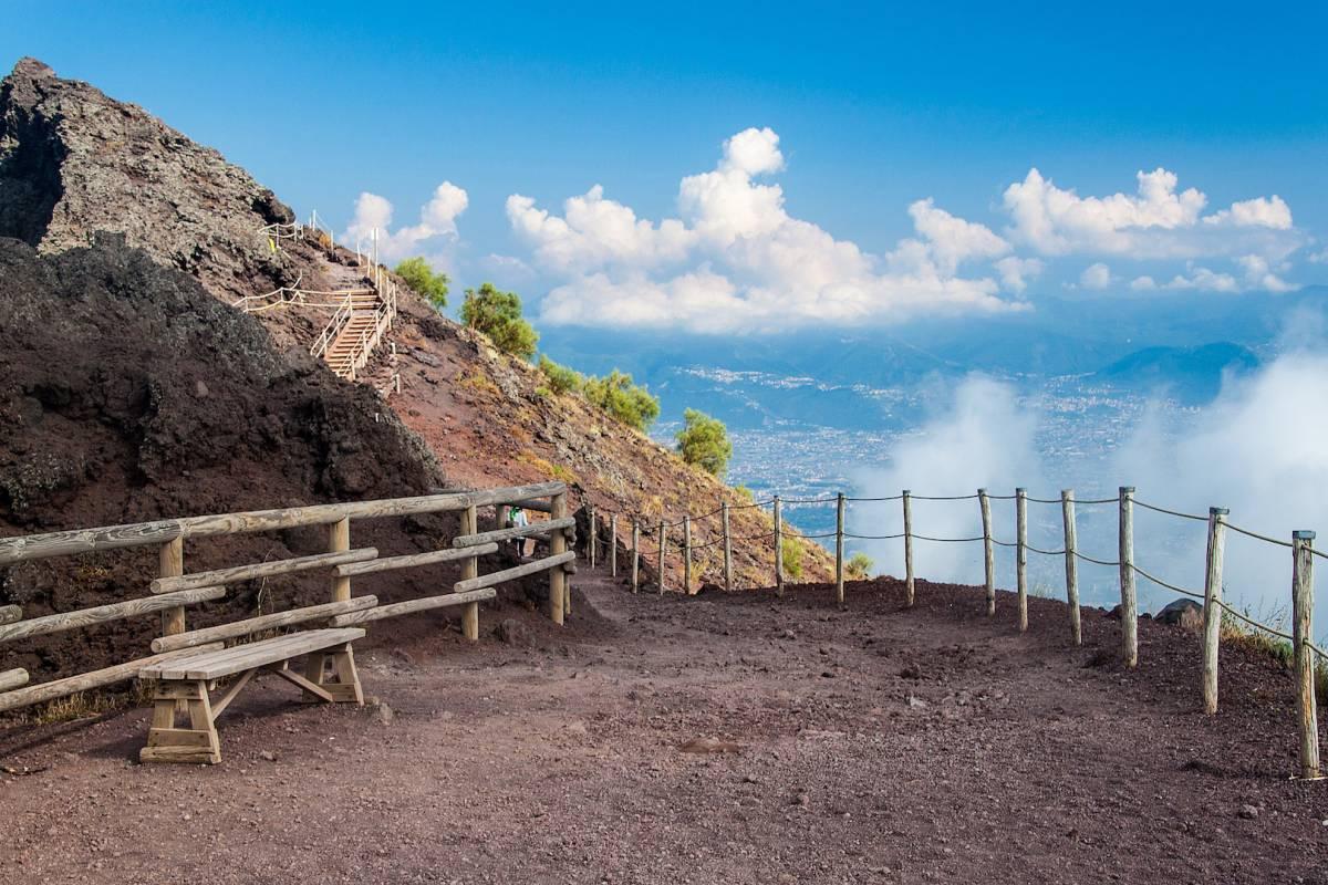 Travel etc Pompeii and Vesuvius
