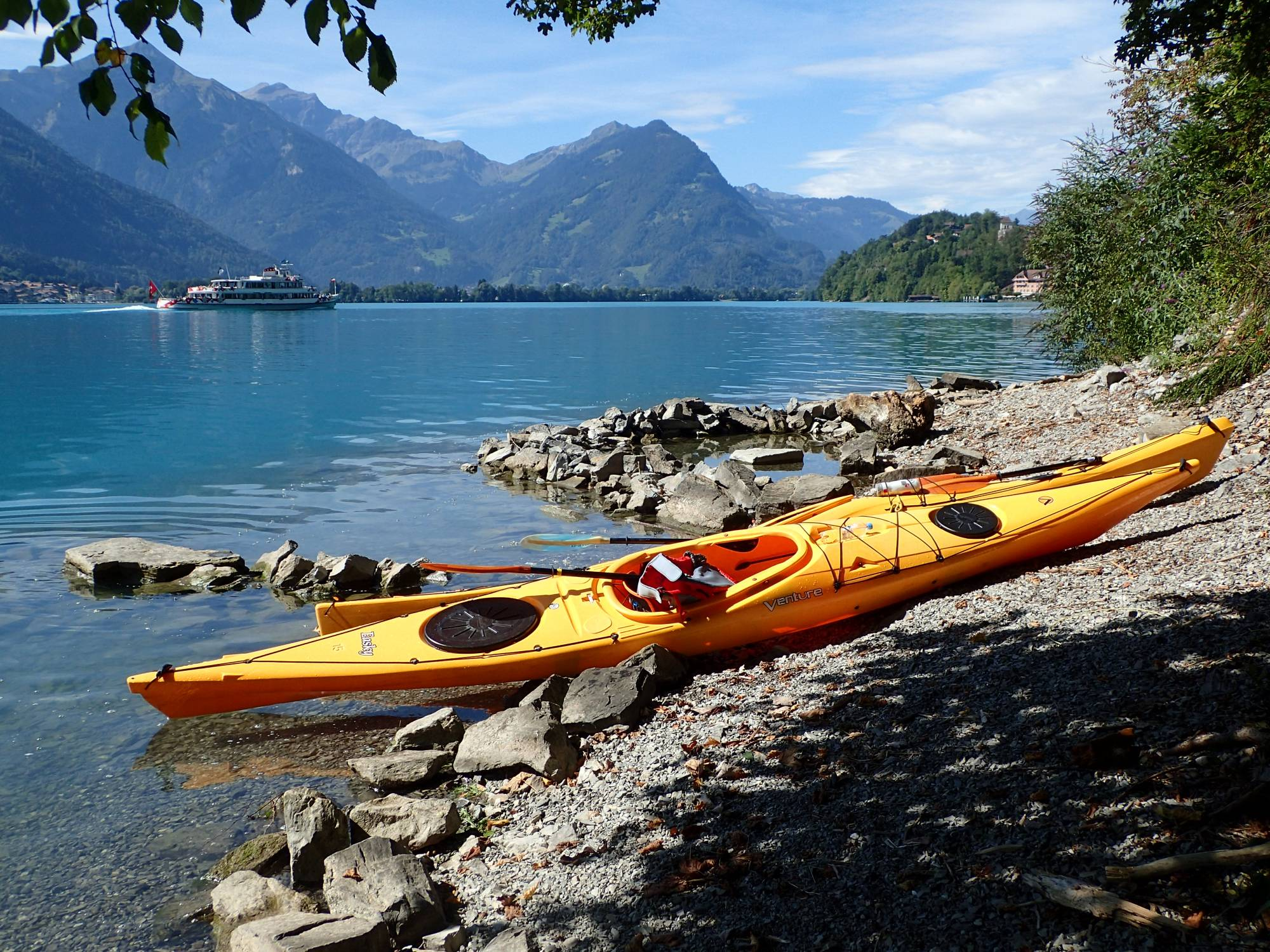 Lake Brienz Day Tour - Paragliding Interlaken