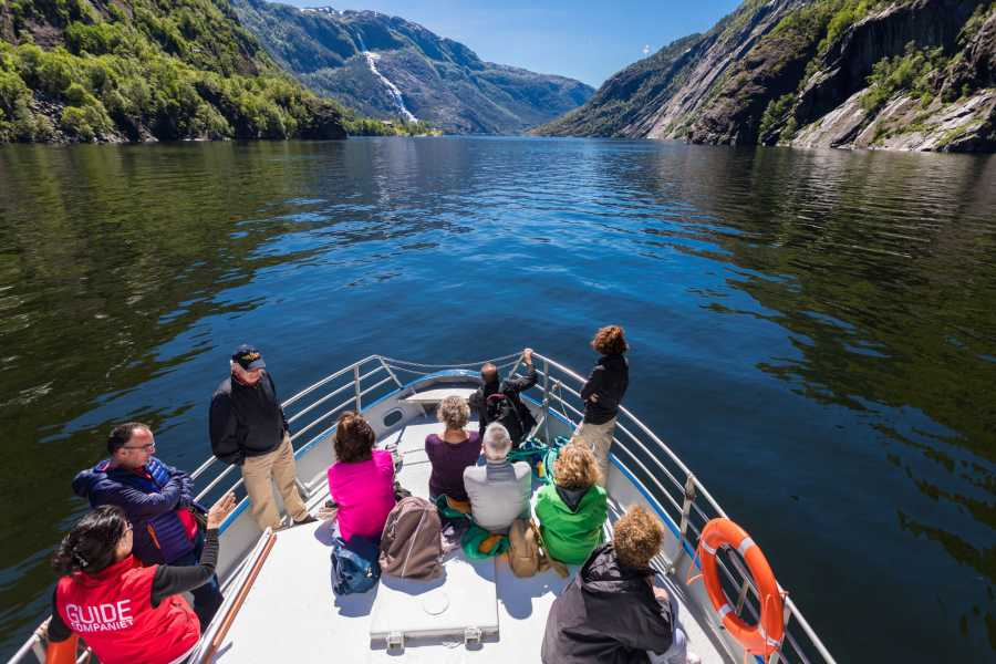 Åkrafjorden Oppleving AS Fjordcruise Langfoss