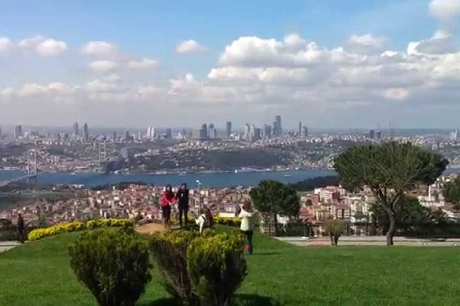 BarefootPlus Travel Istanbul Half Day Tour - A Bridge, A Hill and A Palace