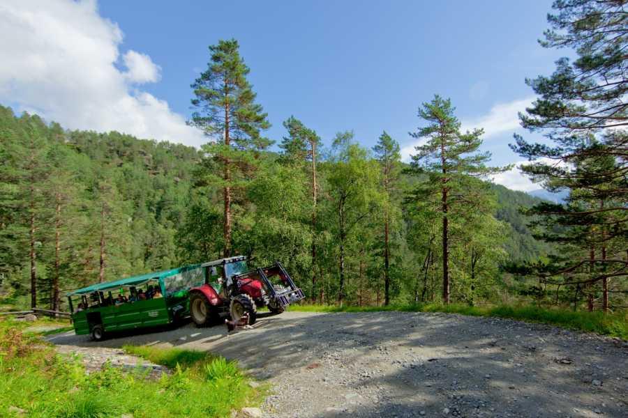 Åkrafjorden Oppleving AS Traktorsafari nach Eikemo